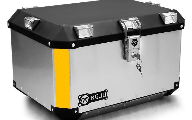 Maletero en aluminio 47L casco y medio para moto color aluminio reflectivo amarillo Koju Motos 1
