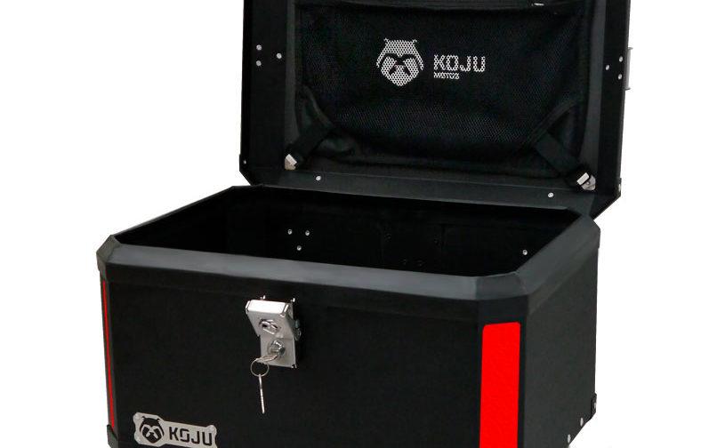 Maletero en aluminio 47L casco y medio para moto color negro reflectivo rojo con organizador de tapa Koju Motos 1